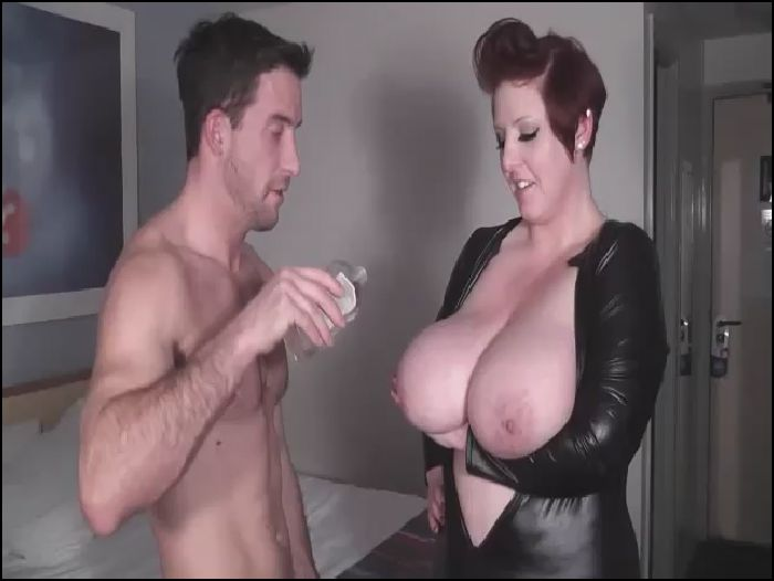 Kitten Canoodle Titty fucking my Massive oily boobs Preview