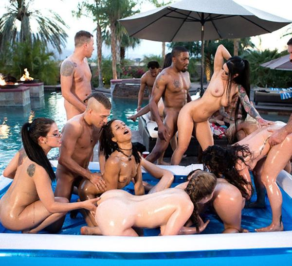 Aaliyah Hadid, Ashley Adams, Bridgette B, Gina Valentina – Brazzers House 3: Episode 1 (ZZSeries.com/Brazzers.com/2018/SD)