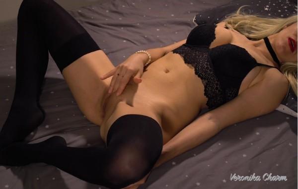 Veronika Charm – Amateur Couple Fuck in Hotel, his Big Dick Cum twice on her Sexy Pussy (2018/PornHub.com/PornHubPremium.com/FullHD)