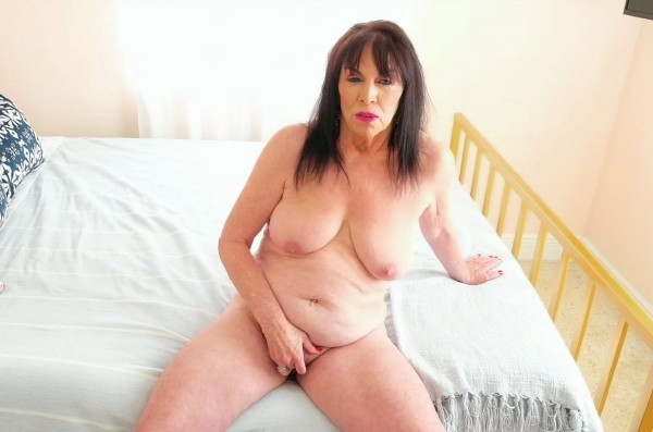 Christina Starr – Surprise! Its 71-year-old Christina Starr! (2018/60PlusMilfs.com/PornMegaLoad.com/HD)