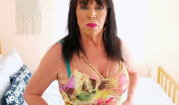 Christina Starr – Surprise! Its 71-year-old Christina Starr! (2018/60PlusMilfs.com/PornMegaLoad.com/FullHD)