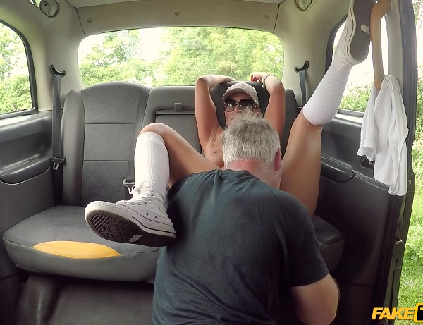 Kelly Myers – Anal stretching of the fruity kind (2018/FakeTaxi.com/FakeHub.com/FullHD)
