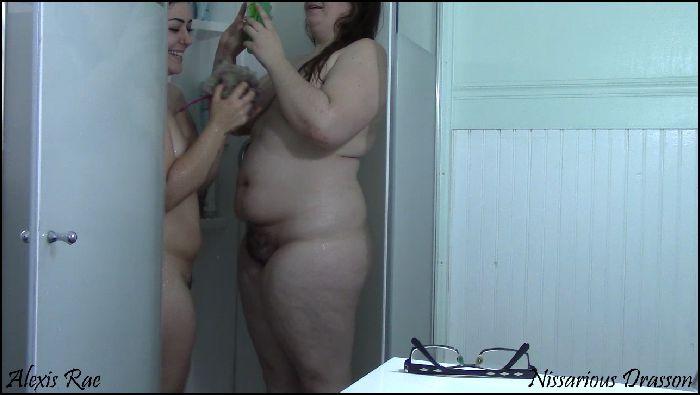 Nissarious Nissa & Alexis Shower Voyeur show (manyvids.com)