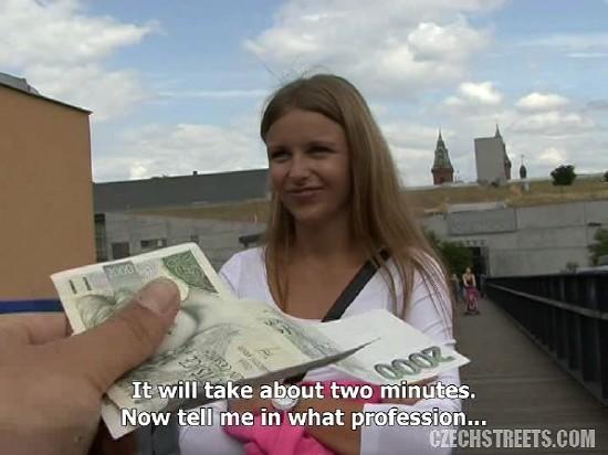 Amateur – Fuck Tourist Girl For Money (2018/CzechStreets/480p)