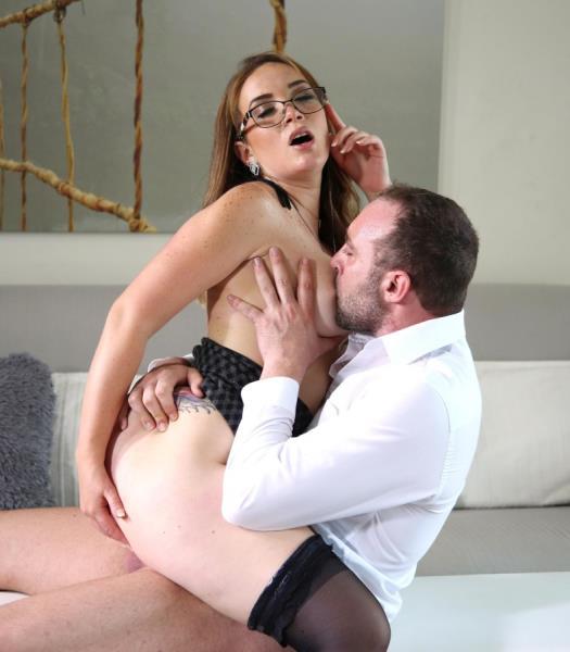 Paola Guerra – Hands-On Sex Toy Agent (2018/HandsonHardcore/DDFNetwork/480p)