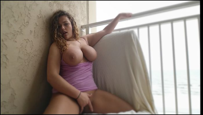 Nikki Eliot Balcony Babe Preview