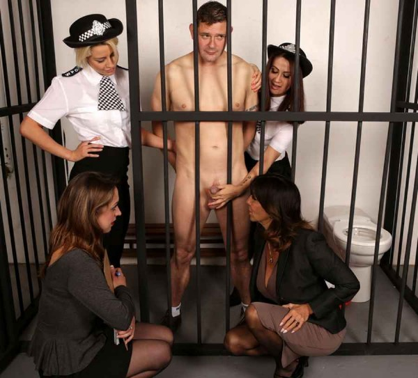 Madlin Mooon, Samantha Page, Sienna Day, Tara Holiday  Prison Discipline (PureCFNM)