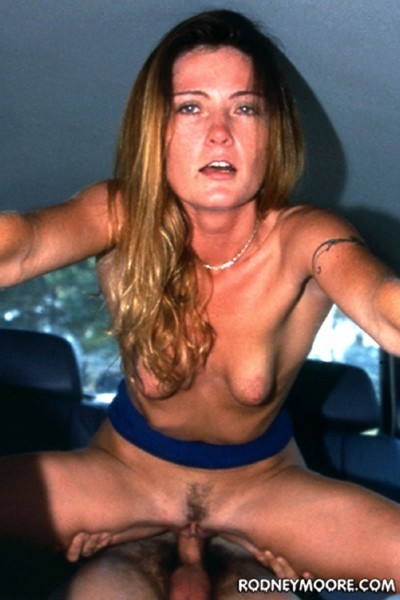 Amber Lee – Wild On Wheels (RodneyMoore.com)