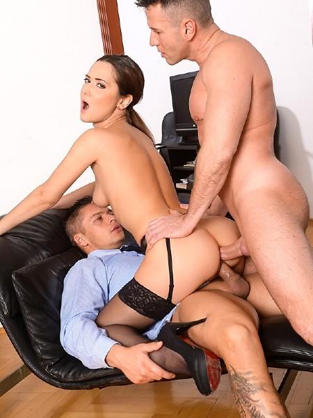 Angie Moon – Sexy Assistant Gets DP (DPFanatics.com/21Sextury.com/HD1080p)