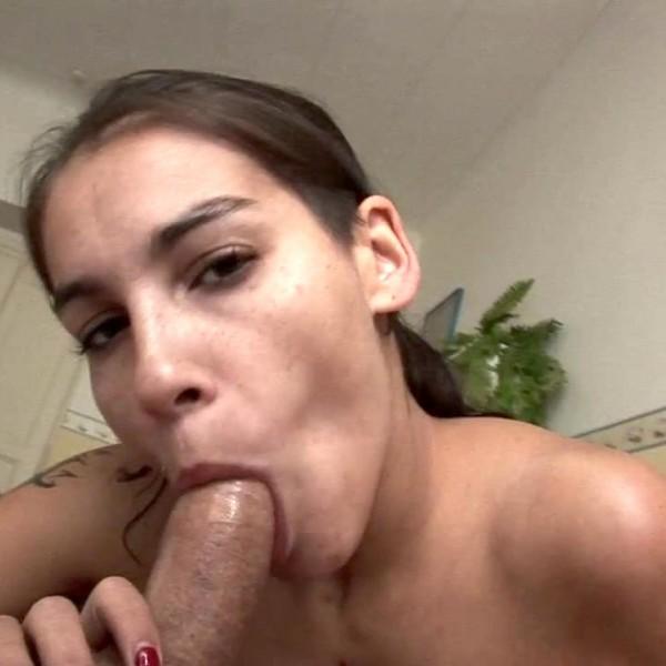 Mischel Lee – Czech big boobs model Mischel Lee (2018/AmateursFromBohemia.com/PornCZ.com/480p)