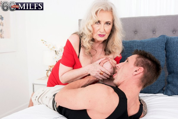 Blair Angeles – A 67-year-old who knows exactly what to do (2018/60plusmilfs.com/Pornmegaload.com/HD)