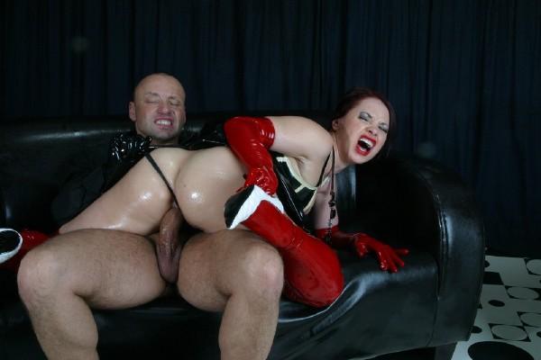 Olga Cabaeva – Big juicy ass in a latex skirt (Inflagranti)