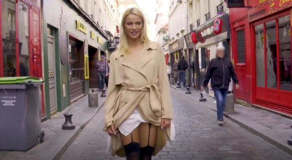 Cherry – Cherry, 25ans, fait comme chez elle rue de Lappe (2018/JacquieEtMichelTV.net/HD1080p)