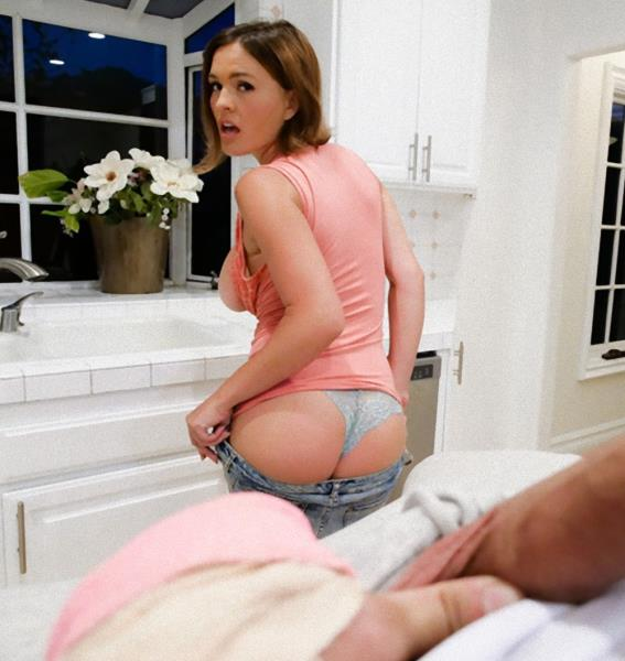 Chrissy Lynn – Gamers Get Injured (MommyBlowsBest.com/2018/FullHD)