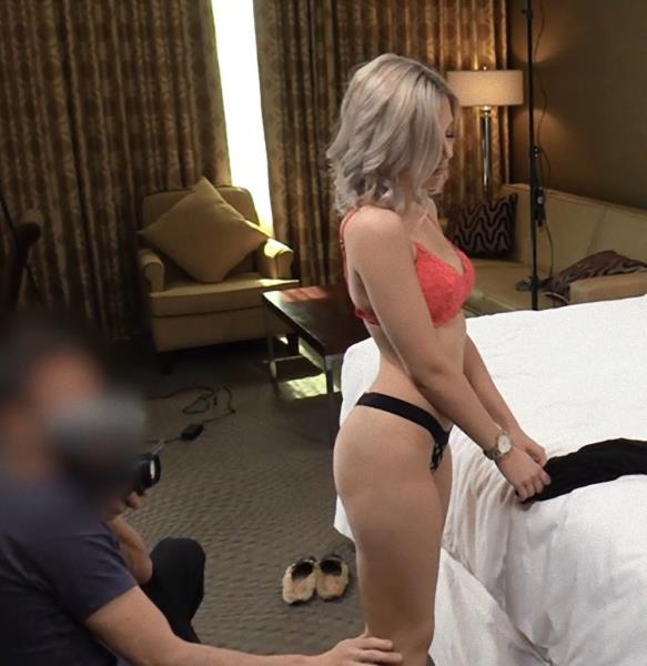 Nicole (ExploitedCollegeGirls.com/2018/HD)