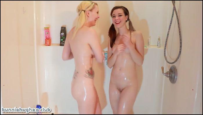 Bunnie Hughes Candid Camera Sexy Girl Shower (manyvids.com)