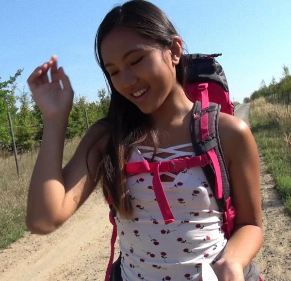 May Thai – Roadside fuck with sweet Thai hiker (PublicAgent.com/FakeHub.com/2018/HD1080p)