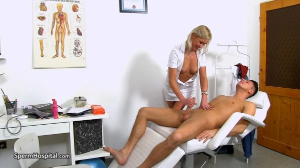 Bruna – Leggy Czech doctor lady Bruna gets cum on tits (2018/Spermhospital.com/HD)
