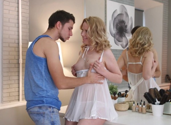 Amateur – Sex is Part of Her Daily Beauty Routine (2018/TheArtPorn.com/WTFPass.com/HD1080p)
