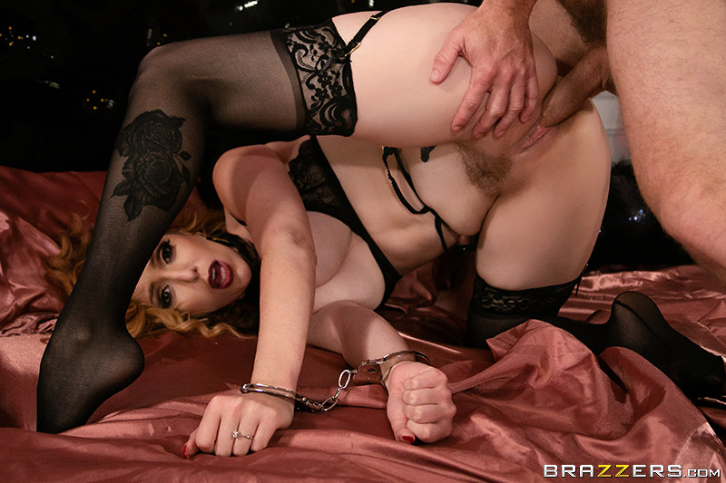Lauren Phillips – BDSM Confidential (2018/RealWifeStories.com/Brazzers.com/HD)