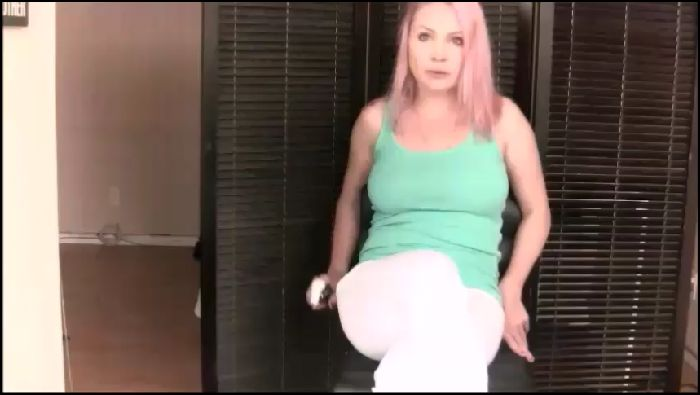 Madison Stone In your face Toilet plops  training Preview