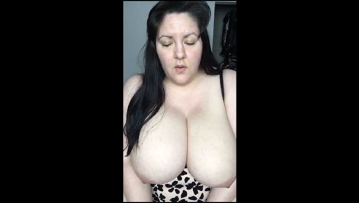 Justhavingfunwithlif squirting and dildo bj with huge tits Preview