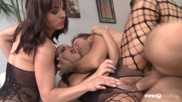 Cytherea, Adriana Chechik – Cytherea and Adriana Chechik in a very wet threesome (2018/PinkoClub.com/HD1080p)