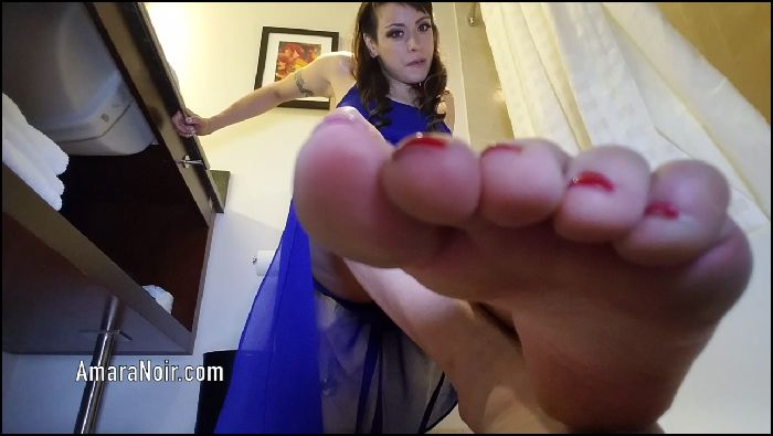 Amara Noir Little dicks weak for toes Preview
