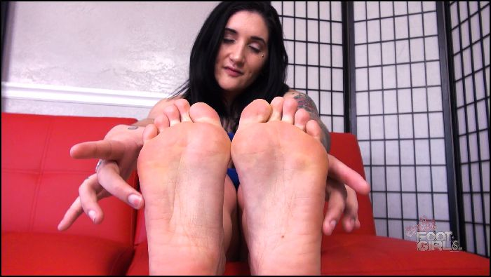 brattyfootgirls Camilles Locking up her foot freak hubby Preview