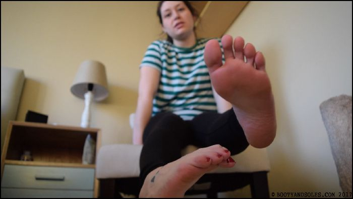 Booty and Soles Clean My Feet Slave (iwantclips.com)