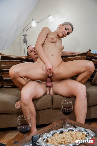 Aby Action – Fucked In The Ass By A Real Expert (2018/FuckOnArrival.com/HitzeFrei.com/FullHD)