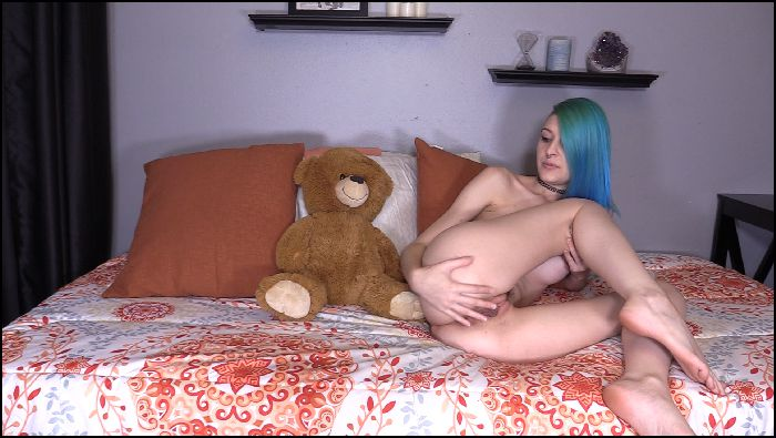 Mohawk Molly Cute-Gaping-Farts-On-My-Teddy Preview