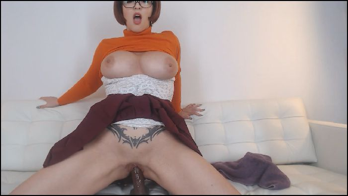 Larkin Love Velma Anal DP Cam 102218 Larkin Love (manyvids.com)
