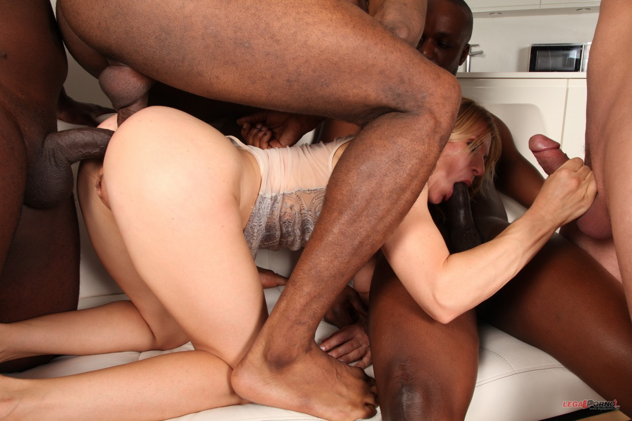 Sindy Rose – Sindy Rose Is Coming To Get Destroyed By Black Bulls And She Loves It IV256 (2019/LegalPorno.com/HD)