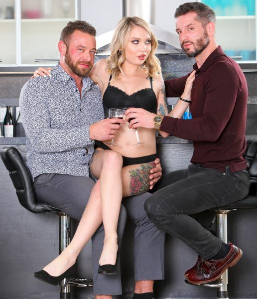 Dakota Skye – Fucking The Neighbors 3, Scene 1 (DevilsFilm.com/2019/480p)