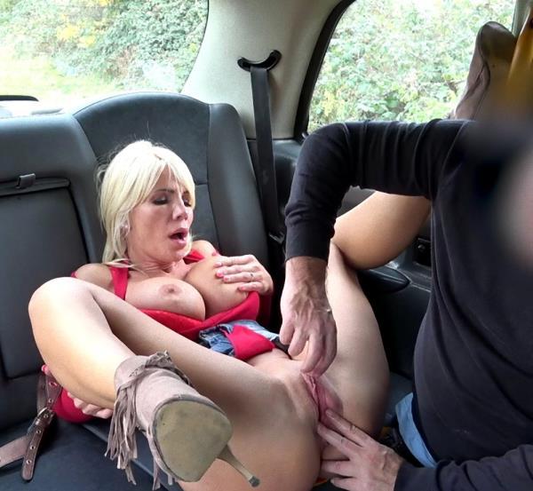 Tiffany Rousso – Rough fuck for sexy Hungarian MILF (FakeTaxi.com/FakeHub.com/2019/480p)