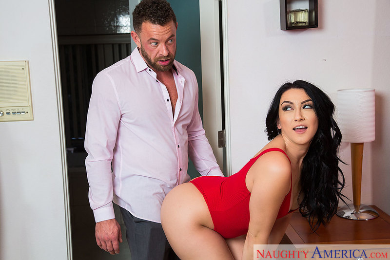 Mandy Muse – Watch slutty Mandy Muse fuck her friends dad (MyDaughtersHotFriend.com/NaughtyAmerica.com/2019/480p)