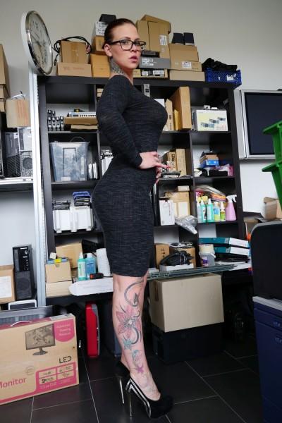 Lara Diamond – Office Failure (2018/MMVFilms.com/HD1080p)