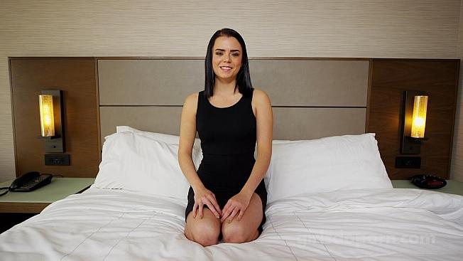 E507 – 21 Years Old (GirlsdoPorn/2019/480p)