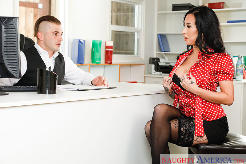 Lily Lane – Desperate for a job, Lily Lane, is willing to blow her way for a position (naughtyamerica.com/2019/480p)