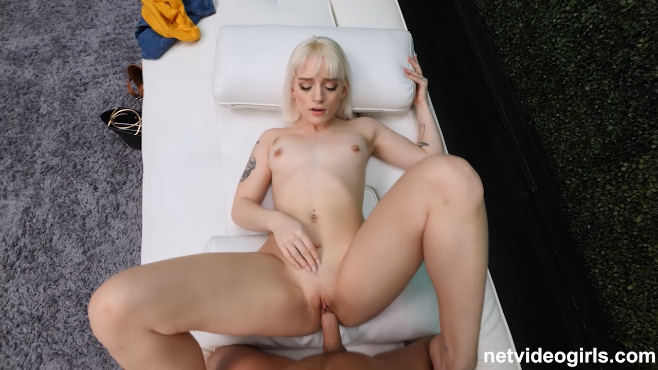 Naomi – Spinner Blonde Facialed (NetVideoGirls.com/2019/HD)