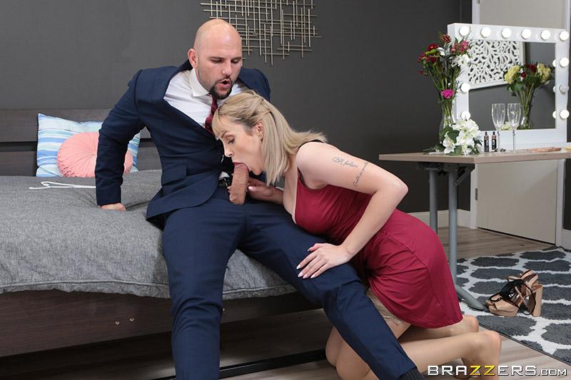 Maxim Law – Always The Bridesmaid (2019/RealWifeStories.com/Brazzers.com/480p)