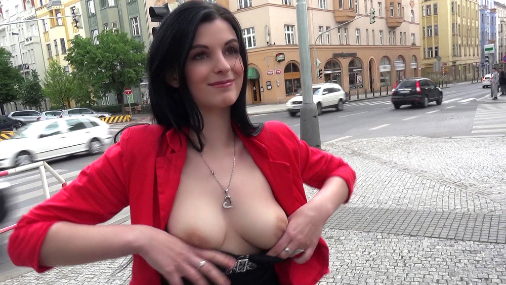Alice Nice – Czech Gal Gets Picked Up (Mofos.com)