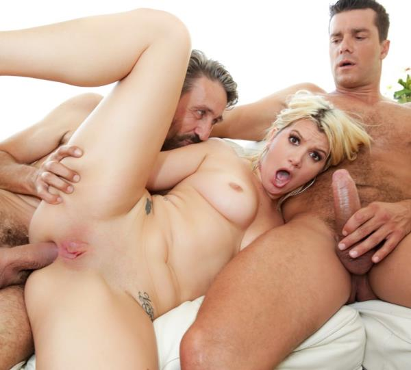 Layla Price – Gaping Layla: DP Double Anal Threesome (EvilAngel.com/2019/HD)