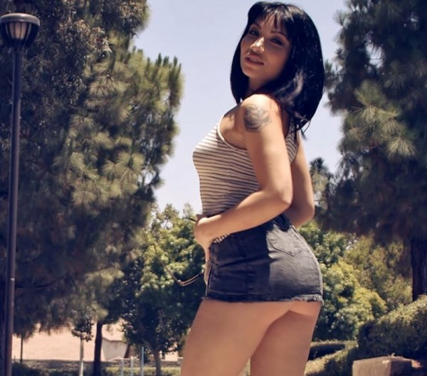 Rina Ellis – Use Me Lose Me (PornFidelity.com/2019/HD)