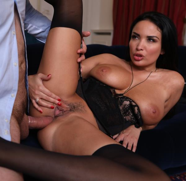 Anissa Kate – Perfect threesome (DorcelClub.com/2019/HD1080p)