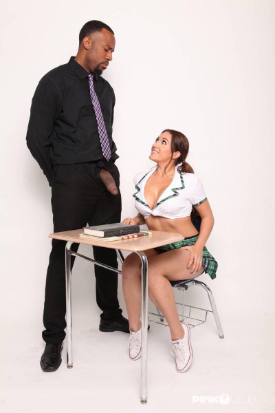Jean Michaels – A black teacher fucks a young busty girl (2019/PinkoClub.com/HD)