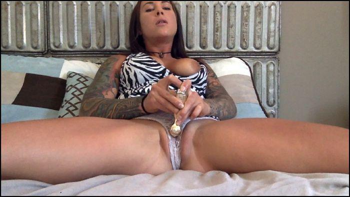 Felicity Feline Getting panties my panties soaking wet Preview