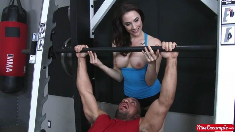 Chanel Preston – Nothing Beats A Personal Trainer (MrsCreampie)