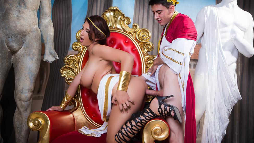 Прохождение на царском престоле порно